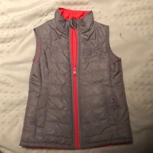 Crazy 8 Reversible Quilted Vest Silver Hot…